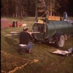 Blowgun use at a bear trap
