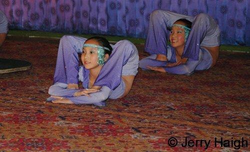 contortionist girls